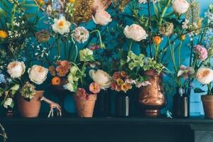 Anna_Potter_Design_Sponge_Garden_Mantelpiece
